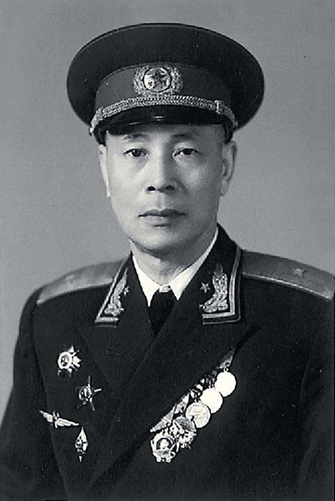 В 1955-м Тан До удостоился генеральского звания и тогда же, по всей видимости, прозвища - «летающий генерал».