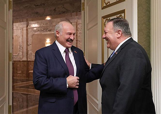 Накануне выборов в Минске объявился госсекретарь США Майк Помпео и пообещал вместо российского сжиженный американский газ и американскую нефть.