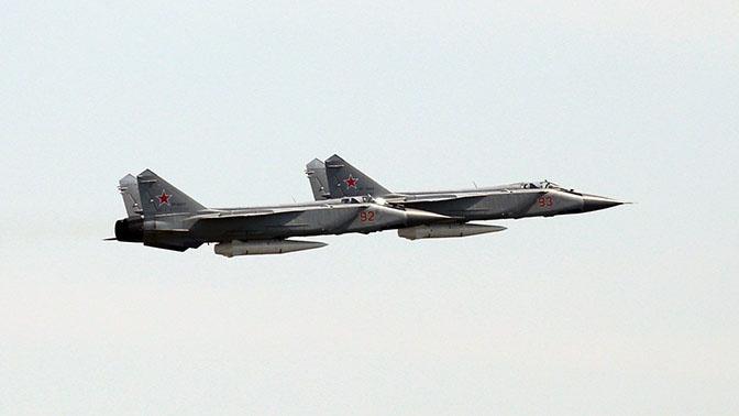 МиГ-31К с гиперзвуковым ракетным комплексом «Кинжал» на параде 9 мая.