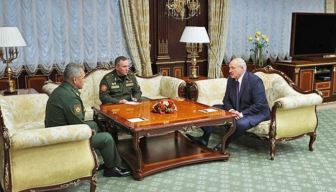 Встреча Александра Лукашенко с министром обороны России Сергеем Шойгу.