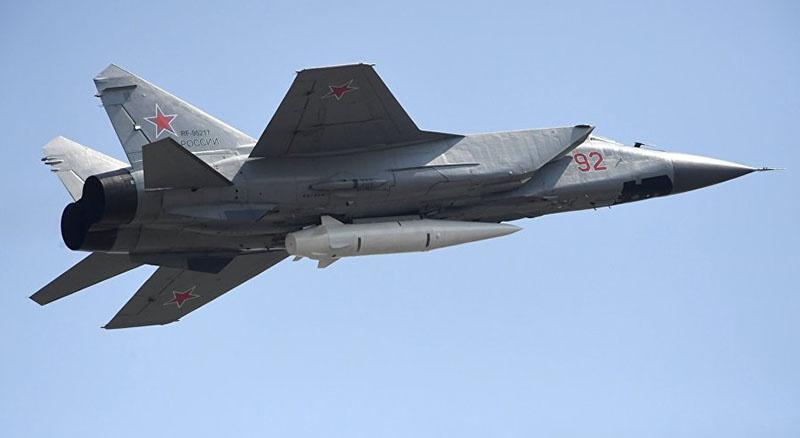 Российский гиперзвуковой авиационный ракетный комплекс «Кинжал».