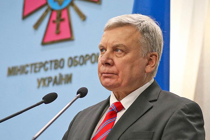 Украинский министр обороны Андрей Таран поведал, что Министерство обороны Украины планирует на последнюю декаду сентября проведение стратегического командного учения «Объединённые усилия-2020».