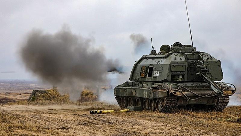 «Уралтрансмаш» передал Минобороны партию модернизированных самоходных гаубиц «Мста-С».
