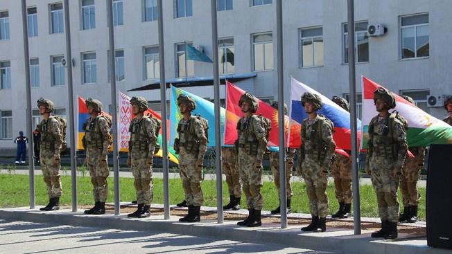Казахстан между  ОДКБ и НАТО