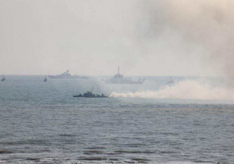 Задачу по огневой поддержке высадки передового отряда морского десанта малые артиллерийские корабли флотилии выполнили совместно с отрядом боевых кораблей ВМС Исламской Республики Иран.