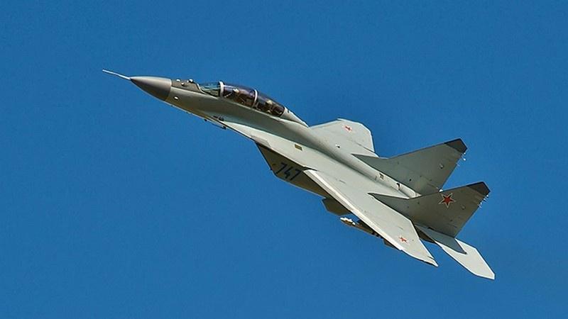 В «зачищённое» небо поднялись многофункциональные истребители Су-30СМ.