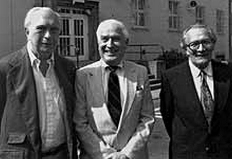 Джордж Бейли, бывший директор радиостанции «Свобода», Дэвид Мерфи и генерал-лейтенант Сергей Кондрашов. Берлин, 1994 г.