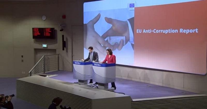 В 2014 году Европарламент в Антикоррупционном отчёте ЕС оценил коррупцию внутри ЕС в 120 млрд евро.