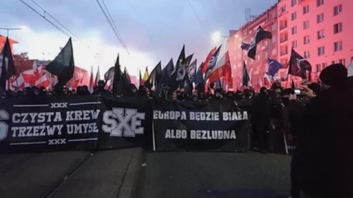 11 ноября 2017 года состоялся марш независимости, организованный польскими националистами.