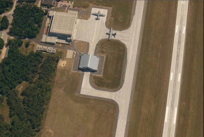 Авиационная база Повидз.