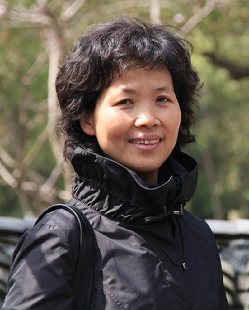 Китайская исследовательница Ши Чженьли в Уханьском институте вирусологии впервые в мире выделила из крови летучих мышей коронавирус.