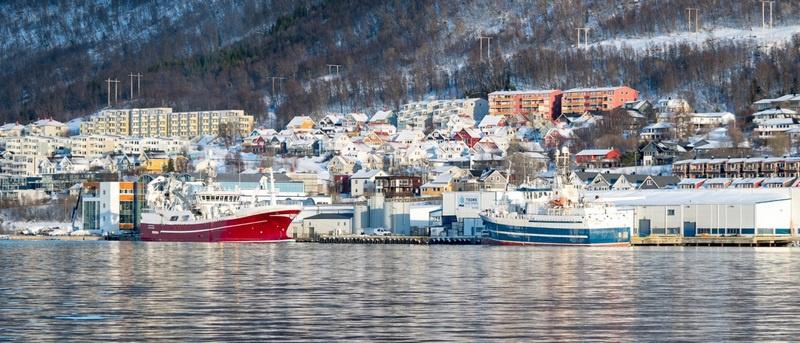 США оказывают беспрецедентное давление на власти Норвегии, чтобы заставить их отказаться от использования порта Тромсё в качестве базы для американских атомных подводных лодок.
