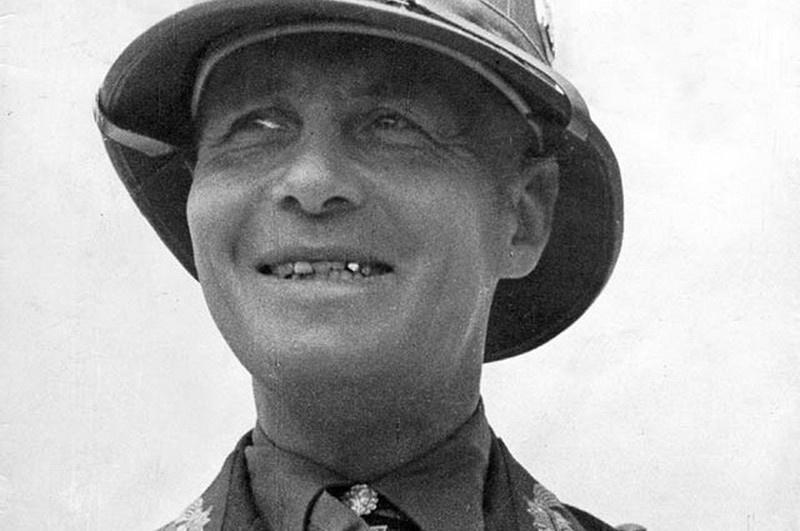 Командующий Африканским корпусом генерал Роммель. «Африканский Лис», как называли его и враги, и соратники.