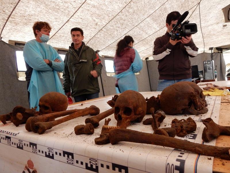 Всего же за четыре года экспедиций «Ржев. Калининский фронт» было установлено 95 имён из обнаруженных 1 365 останков наших воинов.