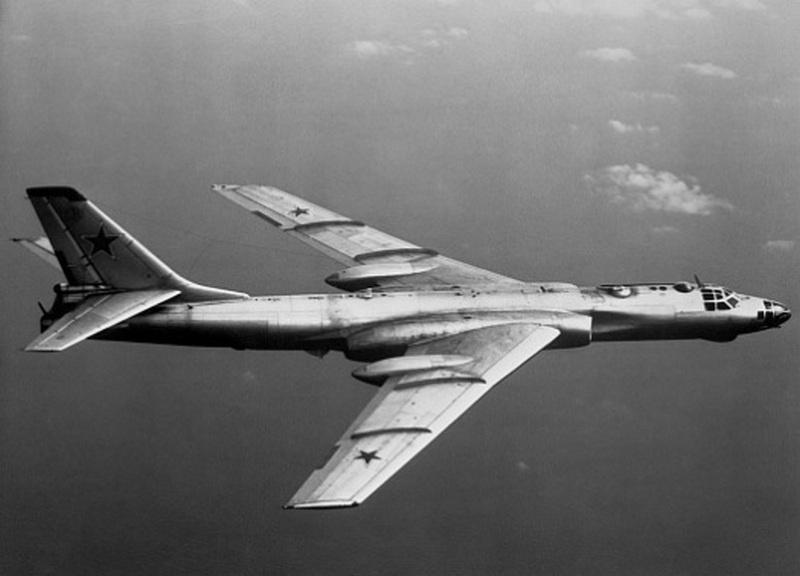 Согласно воспоминаниям соратников Андрея Туполева, среди всех своих многочисленных проектов летательных аппаратов, прославленный советский авиаконструктор самым удачным считал именно Ту-16.