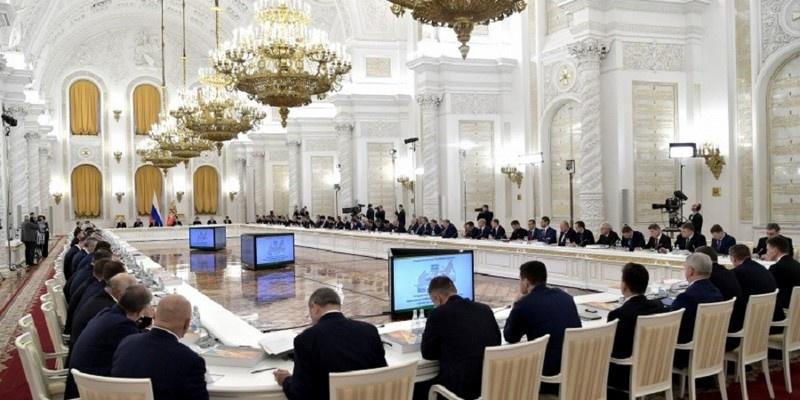 На 1 января 2019 года показатель газификации российского села составлял всего 59,4%. Об этом сообщил министр энергетики А. Новак на заседании Государственного совета, посвящённого аграрной политике 26.12.2019 г.