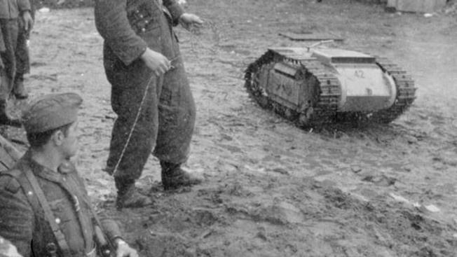 Танкетки «Голиаф» фашисты массово применили в июле 1943 года на Курской дуге.