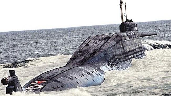 К подводному барьеру: оскорблённая подлодка вызывает на дуэль