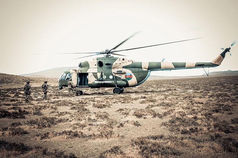 Учитывая уровень подготовки пограничного спецназа и специфику его задач, можно предположить, что на него также возложены задачи по разведывательной и диверсионной деятельности.