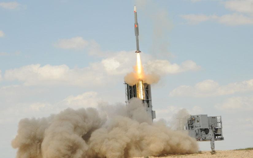 На вооружении ПВО Азербайджана находится также и израильский ЗРК«Barak-8».