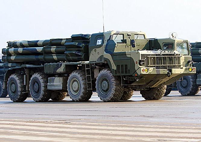 Сухопутные войска Азербайджана вооружены 30 РСЗО 9К58 «Смерч» калибра 300 мм.