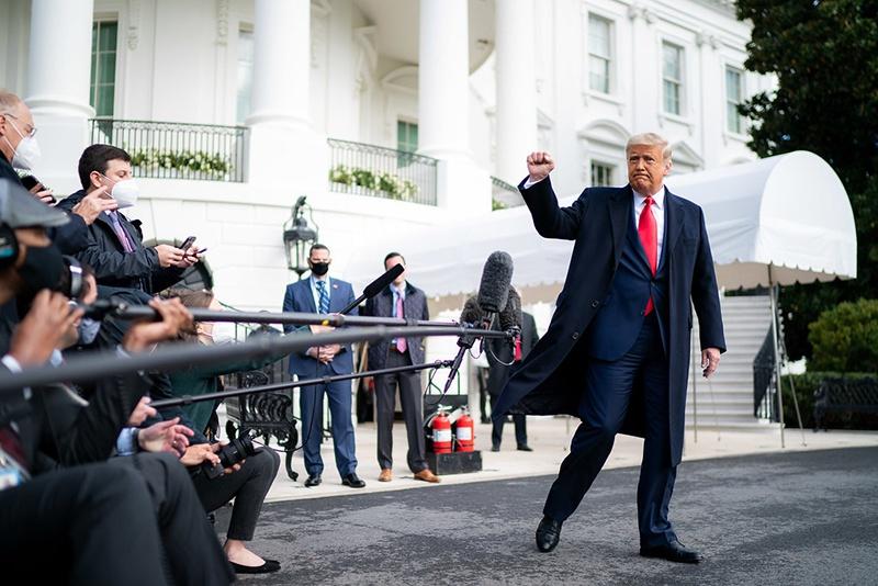 Дональд Трамп сдаваться не собирается.