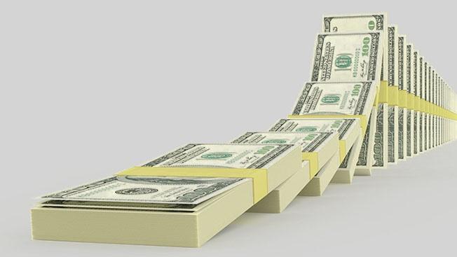 От девальвации доллара к цветной революции в Америке