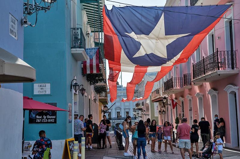 Уровень жизни в Пуэрто-Рико заметно ниже, чем в Штатах.