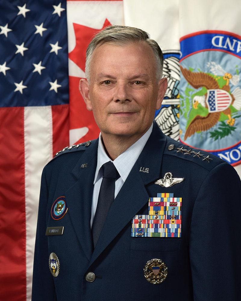 Глава Командования воздушно-космической обороны (NORAD) и Северного командования (USNORTHCOM) генерал Глен Ванхерк.