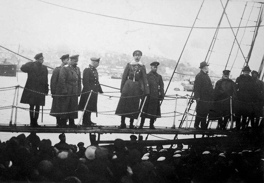 Прощальная речь главнокомандующего барона Врангеля на борту крейсера «Генерал Корнилов».