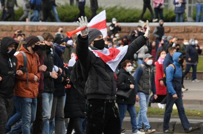 Участники протестного движения в Минске.