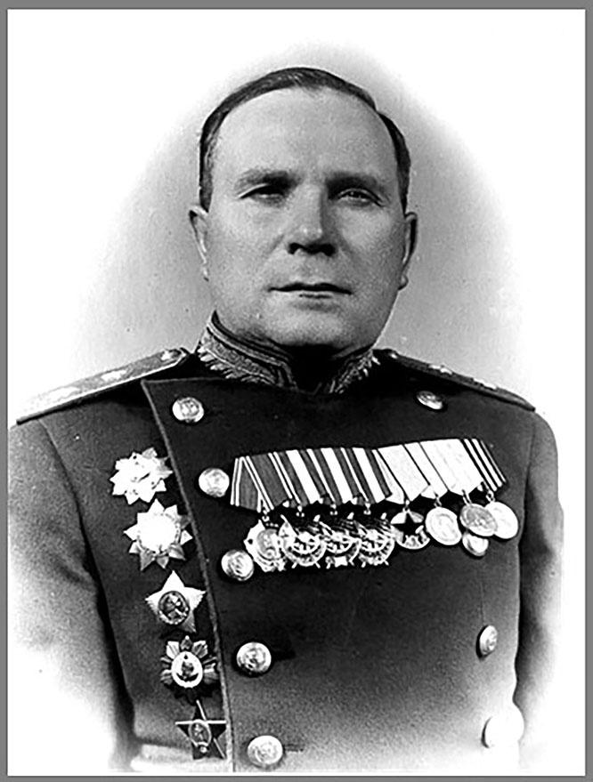 Начальник разведки Ленинградского фронта Пётр Евстигнеев.