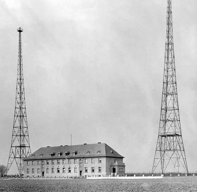 Инсценировка нападения Польши на немецкую радиостанцию в городе Глайвиц, как повод для нападения Германии на Польшу.