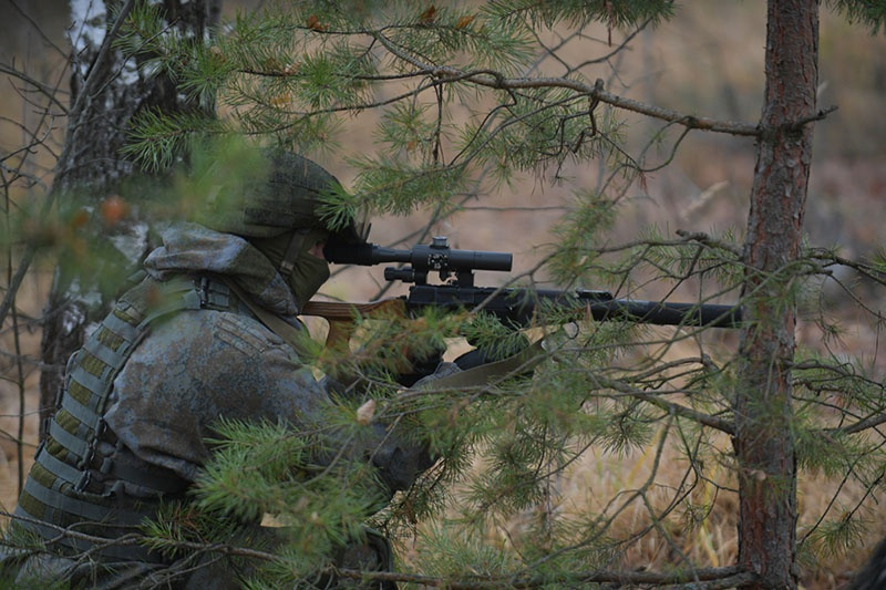 Уничтожение целей было произведено на дистанциях от 700 до 1.000 метров из снайперских винтовок СВ-98 и специальных снайперских винтовок «Винторез».
