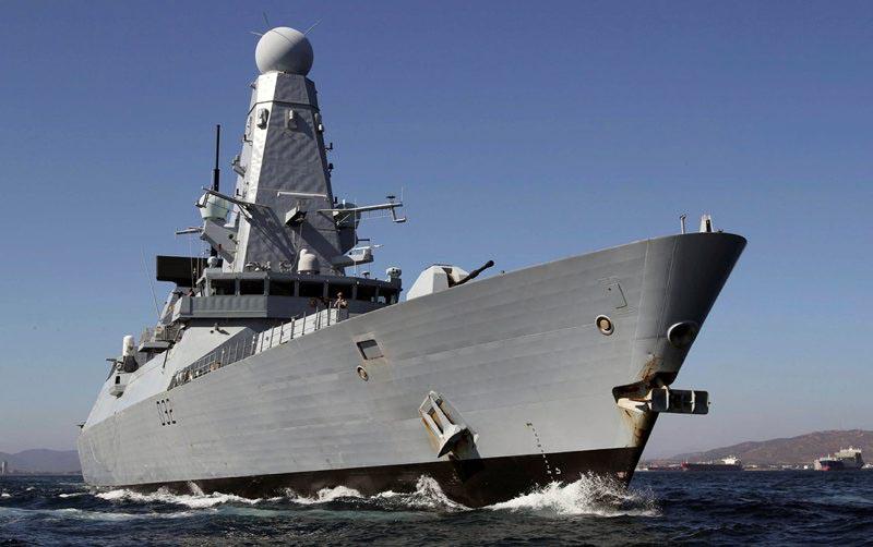 К южным берегам Крыма в настоящее время направляются два эсминца типа «Дэринг» КоролевскогофлотаВеликобритании.