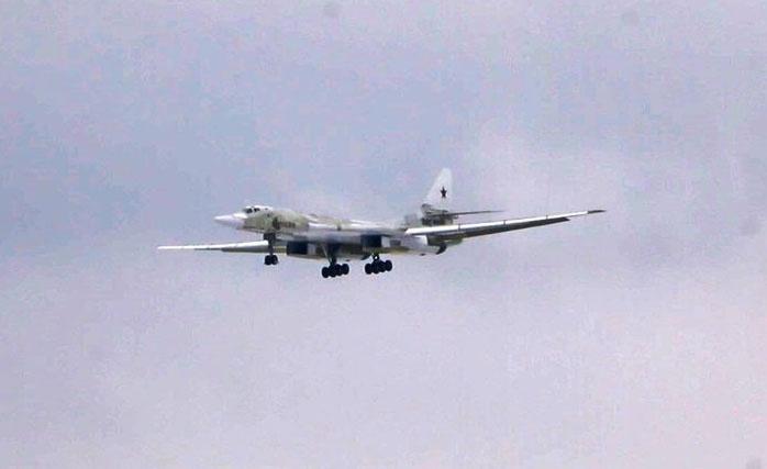 На аэродроме КАЗ им. С.П. Горбунова состоялся первый полет глубокомодернизированного ракетоносца-бомбардировщика Ту-160М2 с новыми серийными двигателями НК-32-02.