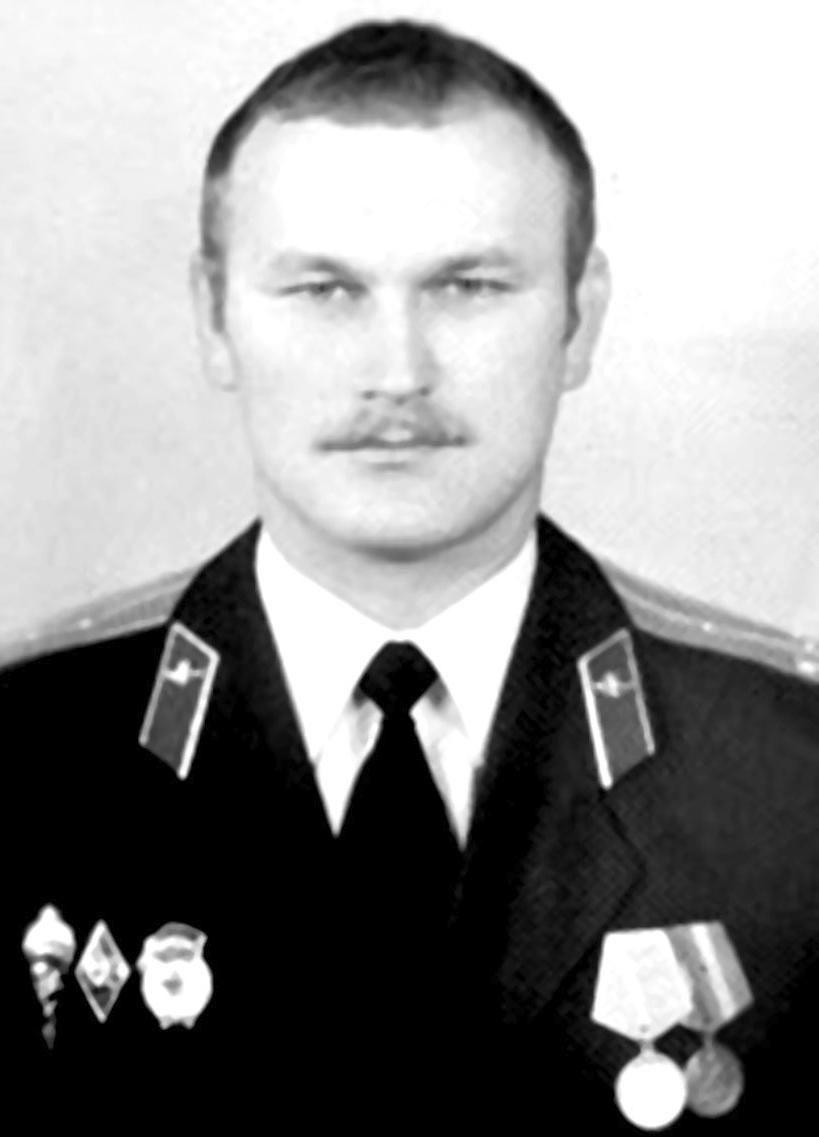 Указом Президента Виктору Емельяновичу Омелькову присвоено звание Героя Российской Федерации посмертно.