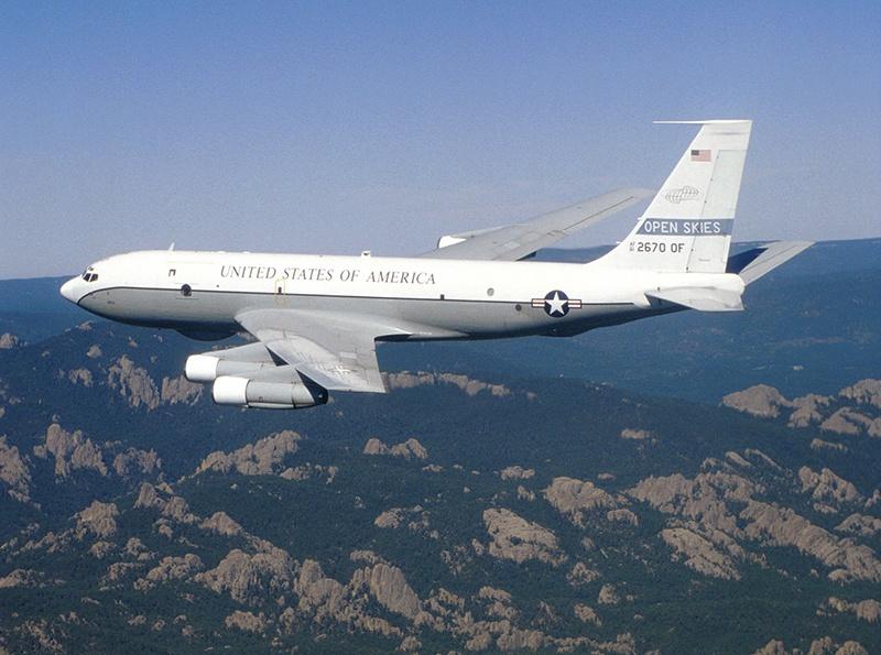 Россия отказалась пустить американский самолёт с наблюдателями в зону ведения военных манёвров.