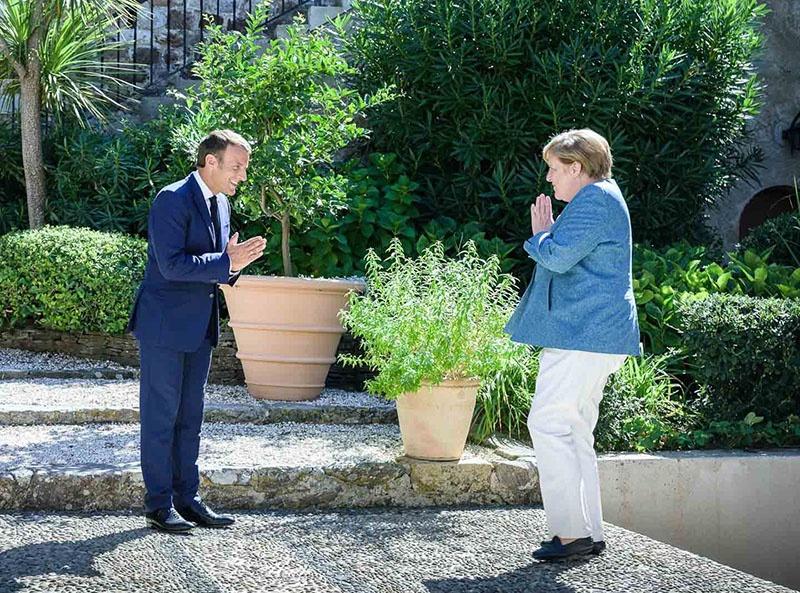 Макрон и Меркель: кому достанется Европа?