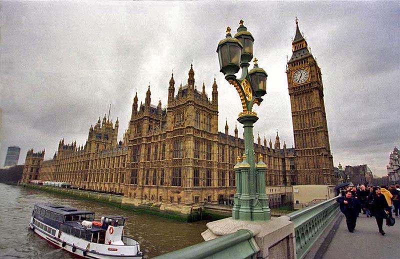 Члены Комитета по разведке признали, что для российских олигархов английская столица стала «Лондонградом-прачечной» (Londongrad Laundromat).
