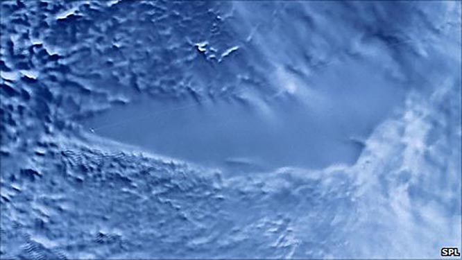 Радиолокационное изображение озера Восток, полученное со спутника RADARSAT.