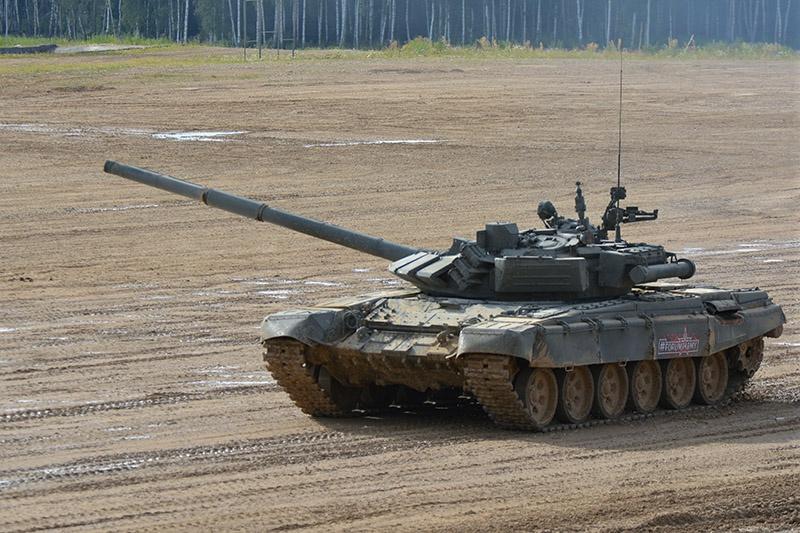 Первые образцы Т-72Б3 появились на публике в 2011 году.