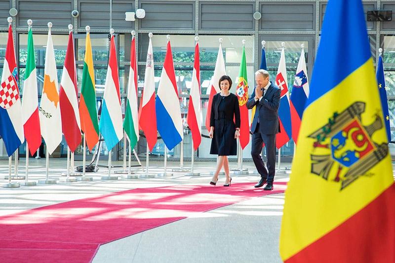 Премьер-министр Майя Санду на встрече с председателем Европейского совета Дональдом Туском в Брюсселе 3 июля 2019 года.
