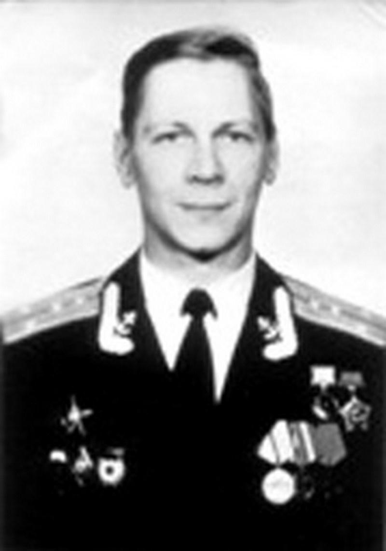 Капитан Евгений Колесников.