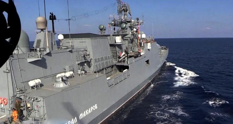 «Адмирал Макаров» на выполнении учебной задачи.