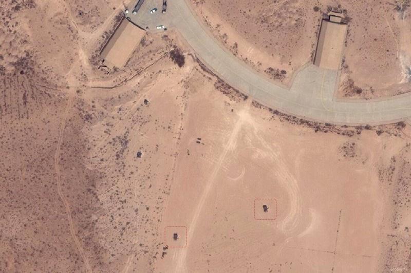 В Twitter появились cделанные со спутника новые снимки авиабазы Аль-Ватия в Ливии.