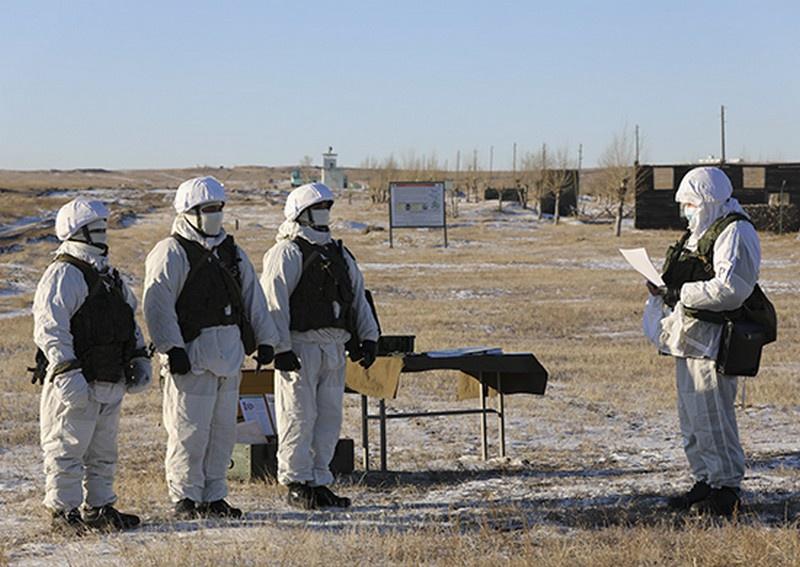 Более 1.500 военнослужащих вышли сейчас на полигоны Восточного военного округа в Забайкальском крае.
