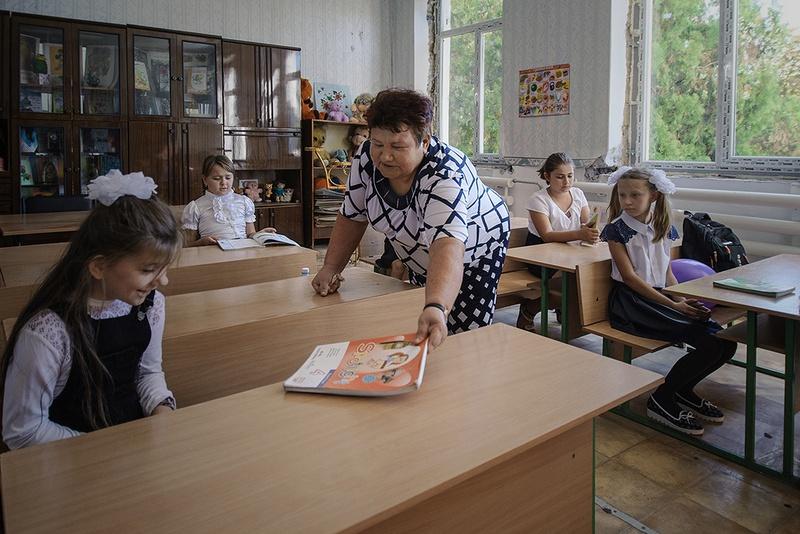 День знаний в школе села Саханка.