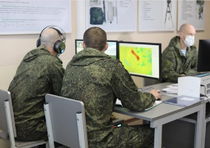 В Костроме артиллеристы ВДВ тренируются поражать цели на уникальном интерактивном учебном тренажёре «Артерра-3D».