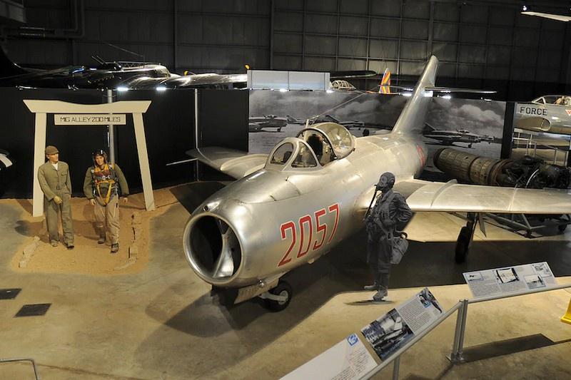 МиГ-15 на выставке в Корейской военной галерее в Национальном музее ВВС США.